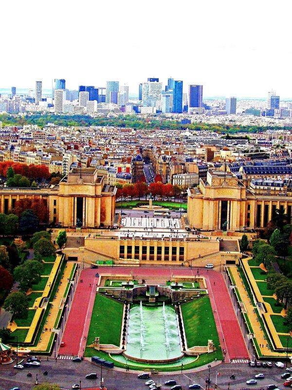 Париж с высоты  Эйфелевой башни...