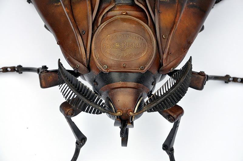 Неповторимые насекомые из старых запчастей