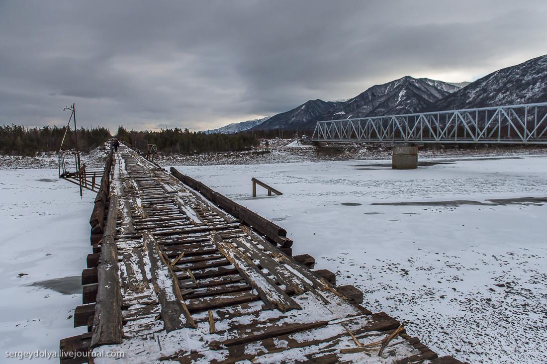 Один из самых страшных автомобильных мостов в мире