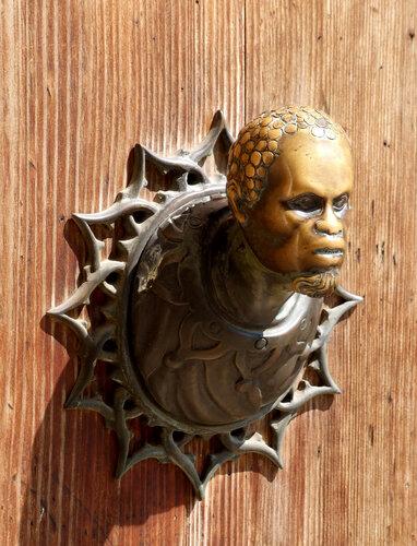 Дверная ручка одного из домов Венеции