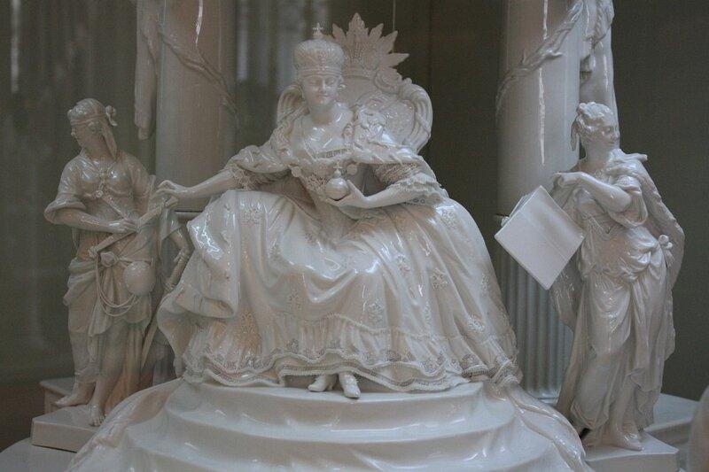 Фарфоровый сувенир от короля Пруссии Фридрих II Екатерине Великой в конце XVIII века.