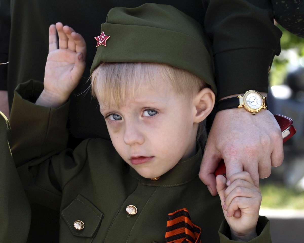 Между правдой и ложью: Про Парад детских войск в Ростове-на-Дону (19)