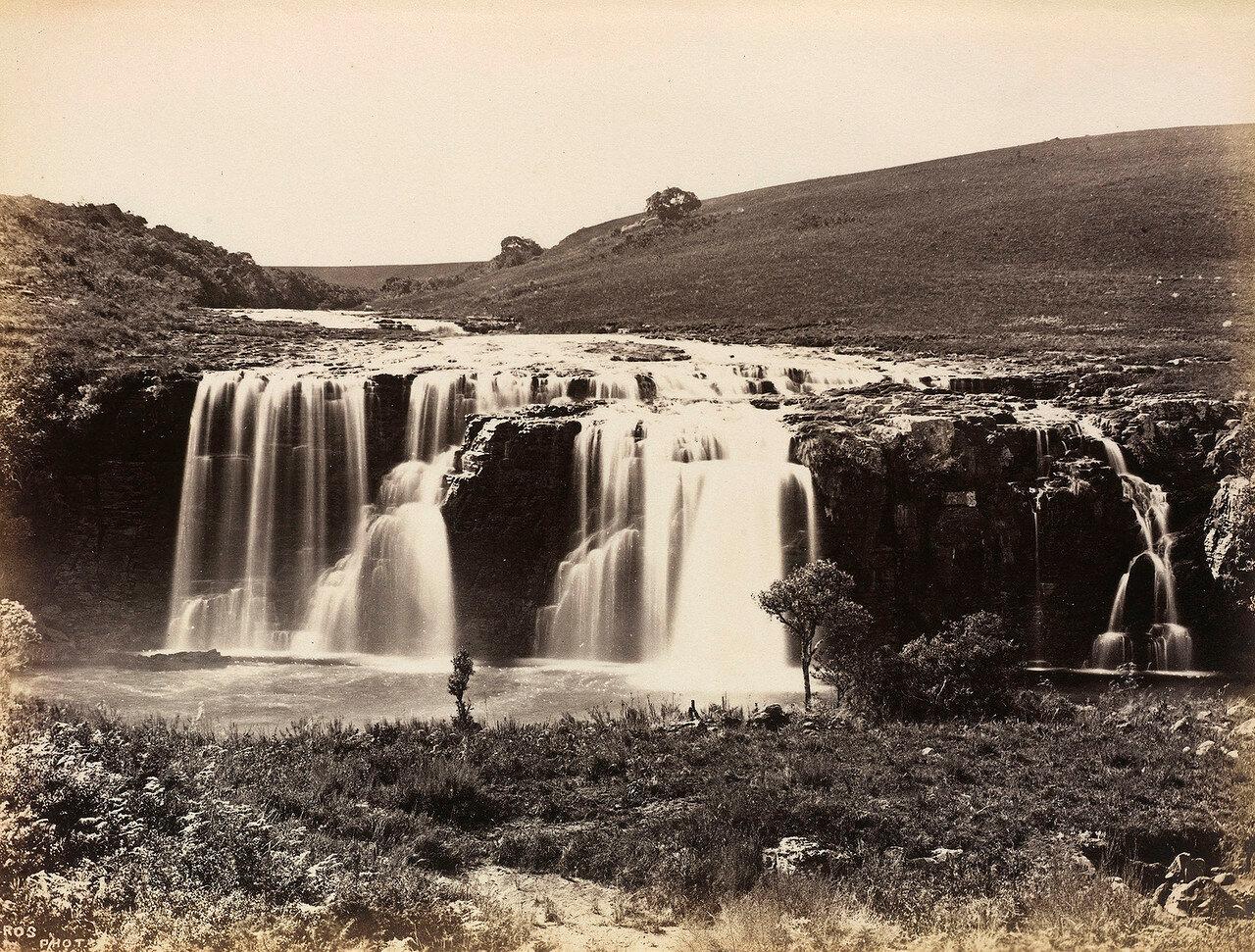Водопад Матческа в восточной части колонии Трансвааль