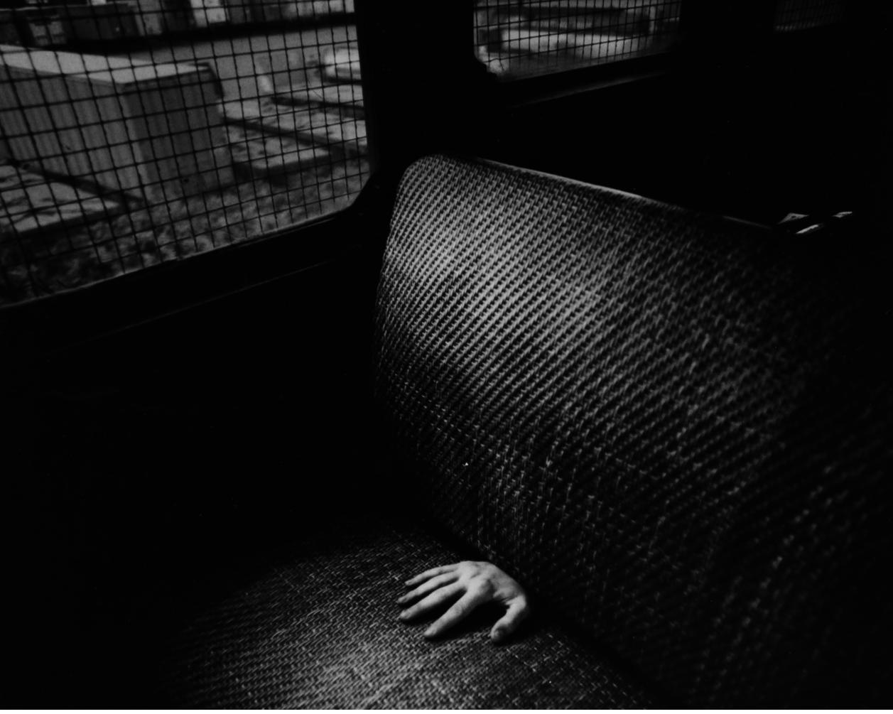 1972. Рука в поезде