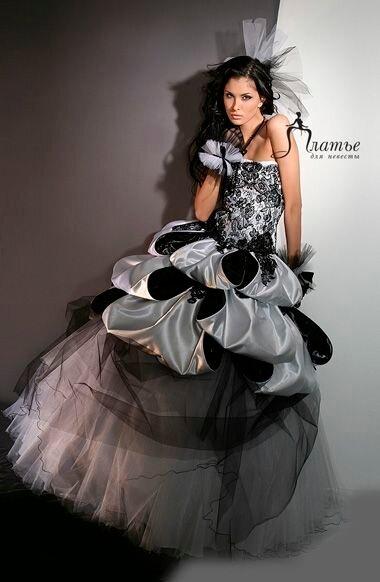 ...кстати спс что разрешили учавствовать) Гордость: Платье.  Туфли.