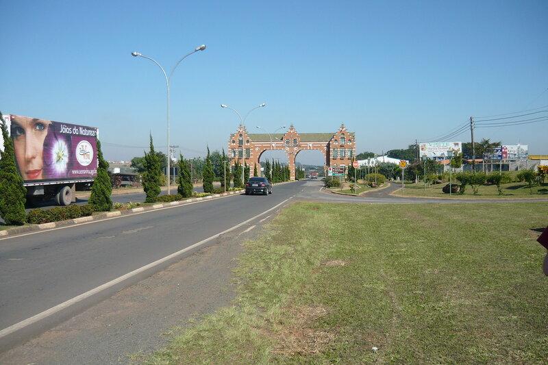 Ворота в город Цветов