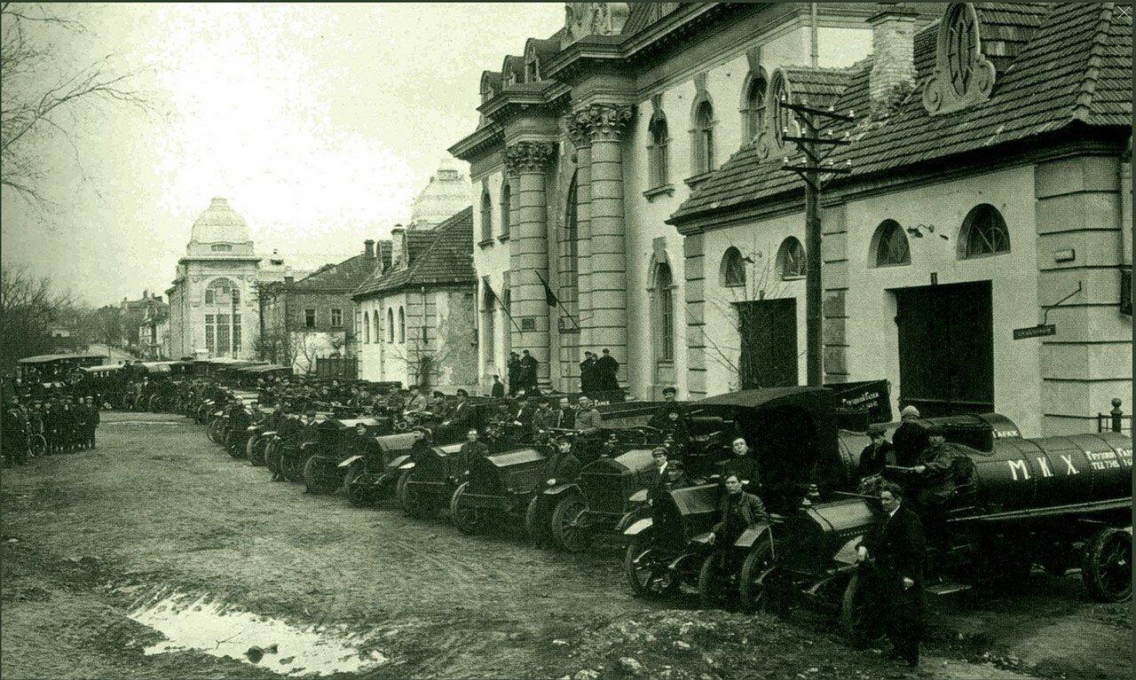 1930-е. Гараж Москоммунхоза