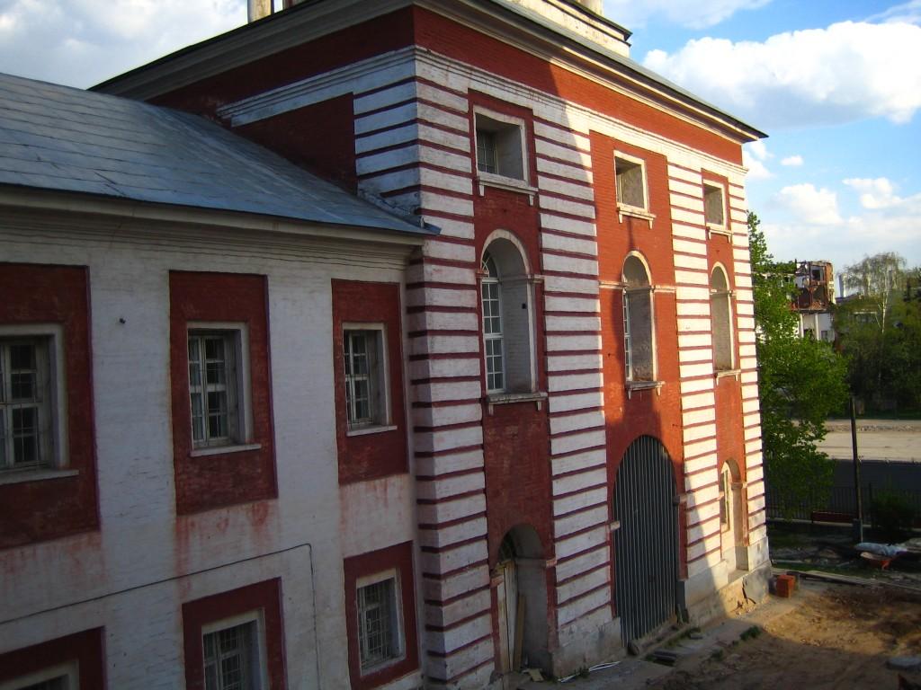 Келейный корпус Знаменского монастыря