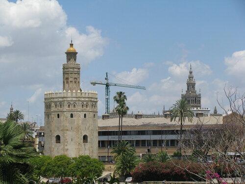 Севилья. Три башни