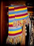Полосатый длинный шарф