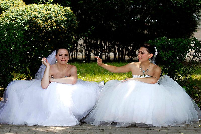 на параде невест в Бухаресте