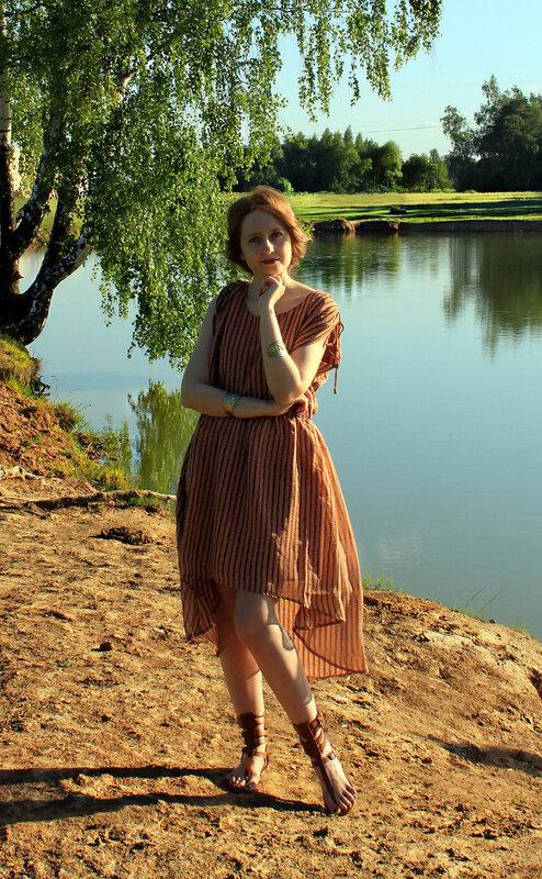 Платье - Ichi, сандалии - Bershka