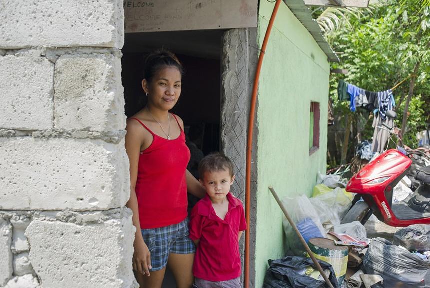 Дети секс туристов из Филиппин