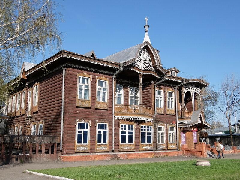 Барнаул - Дом купцов Шадриных