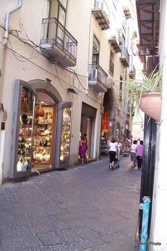Shopping in Salerno, via Mercanti