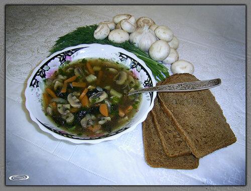 mаssіmо — «Грибной суп из сухих грибов и свежих шампиньонов» на Яндекс.Фотках