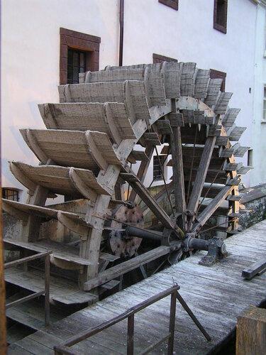 Водяная мельница на реке Чертовке