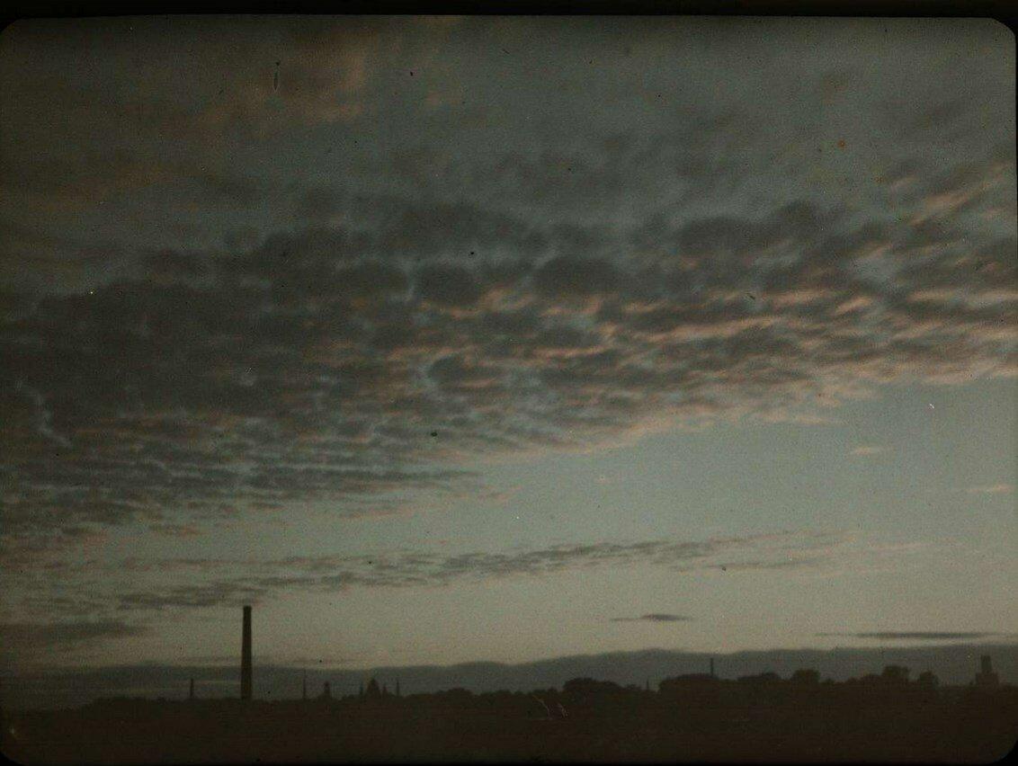 1927. Закат над Утрехтом