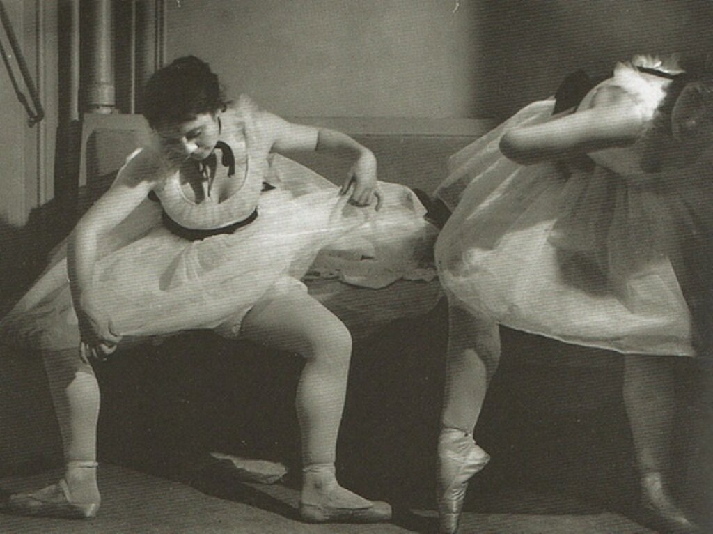 1935. Танцовщицы. Оммаж Дега