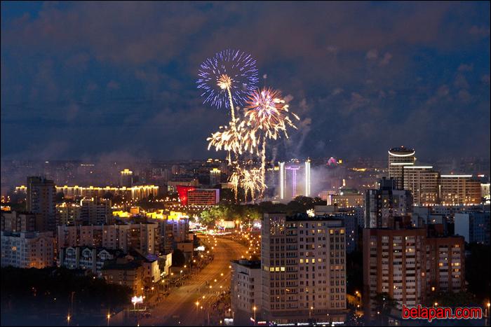 Салют в честь Дня Независимости Беларуси начнется в 23.00