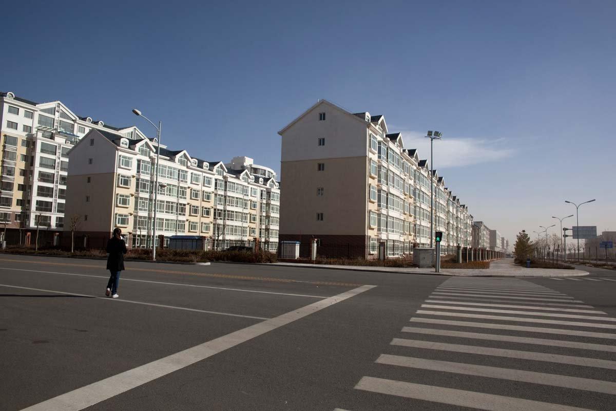 9 Часть пустых площадей в Ордосе намерено выкупить правительство Китая для отставных военных, но их