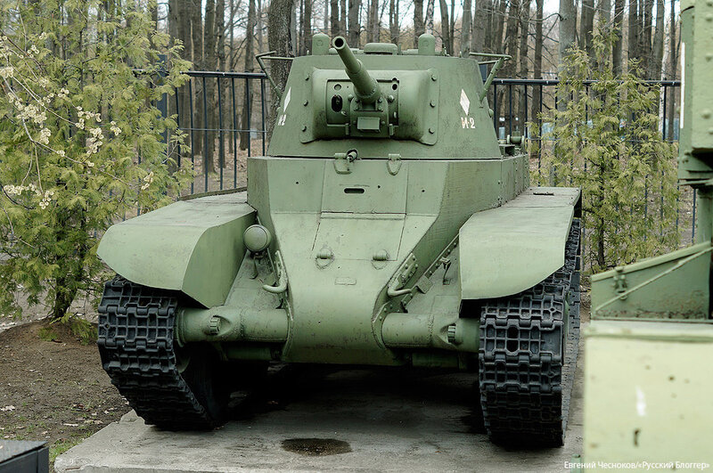 14. Музей ВОВ. 21.04.15.66.танк БТ-7 1937-1939..jpg
