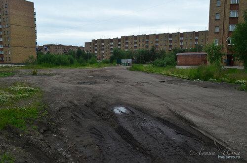Фото города Инта №8009  Мира 38, Воркутинская 16, Мира 41 и 42 02.07.2015_16:45
