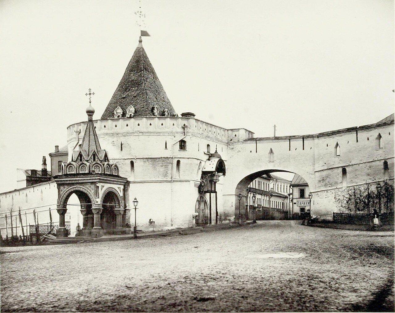 370. Варварские ворота Китай-города
