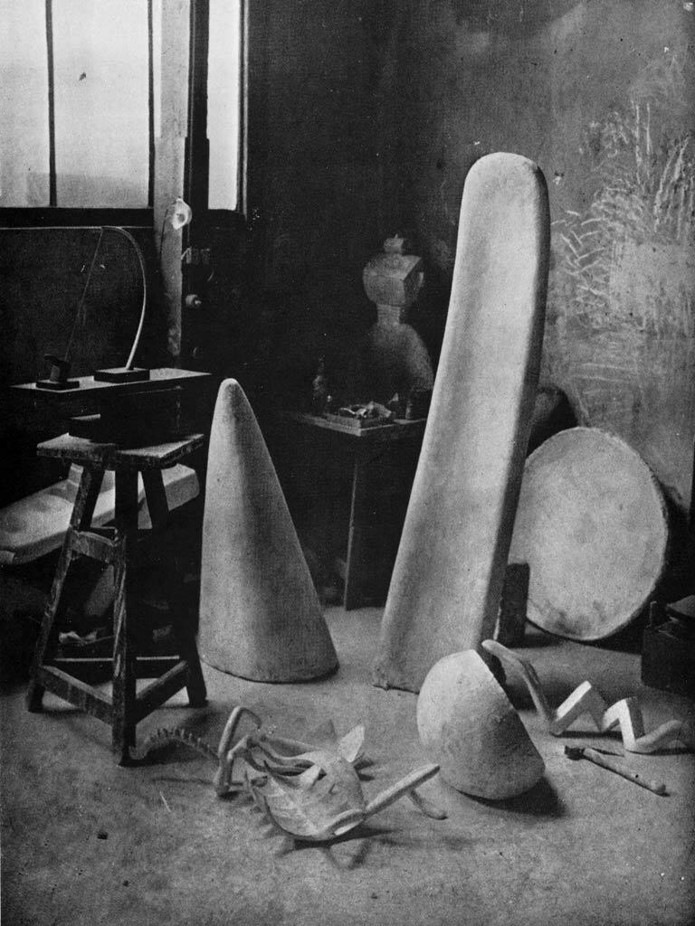 1932. В мастерской Альберто Дакометти