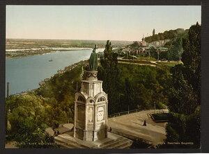 Киев.Памятник Владимиру