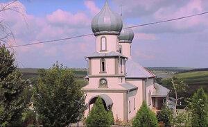 """Biserica """"Adormirea Maicii Domnului"""" din mănăstirea Coada Iazului"""