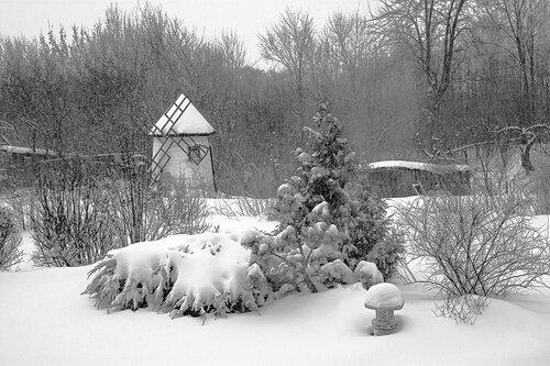 Что-то снежное...