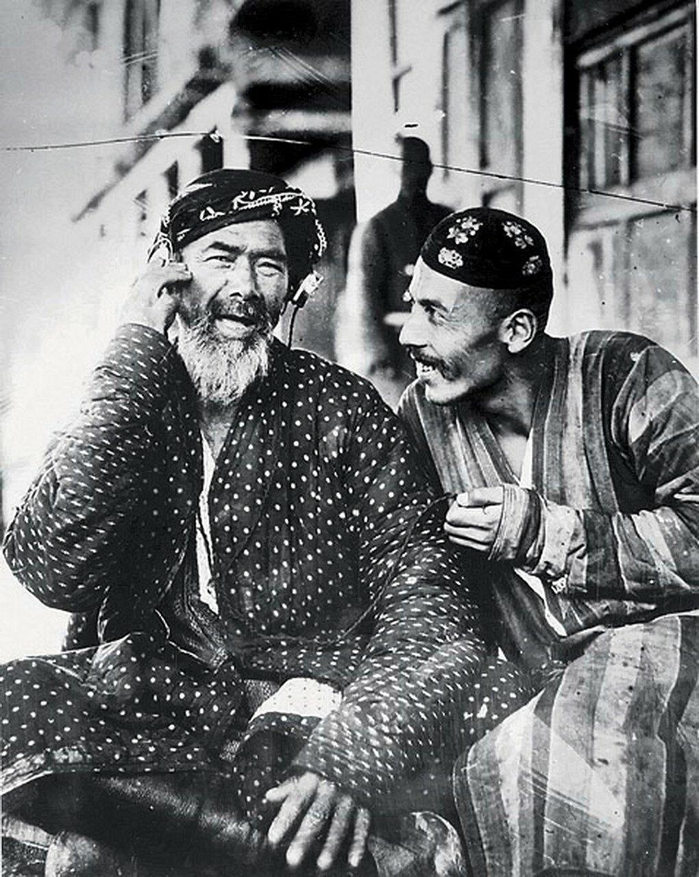 1925. «Голос Москвы» Ташкент