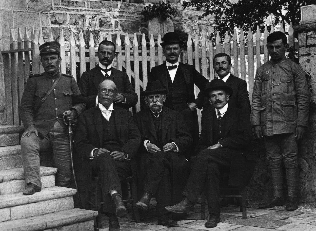 1913. Дельвинаки, уважаемые люди деревни Янина