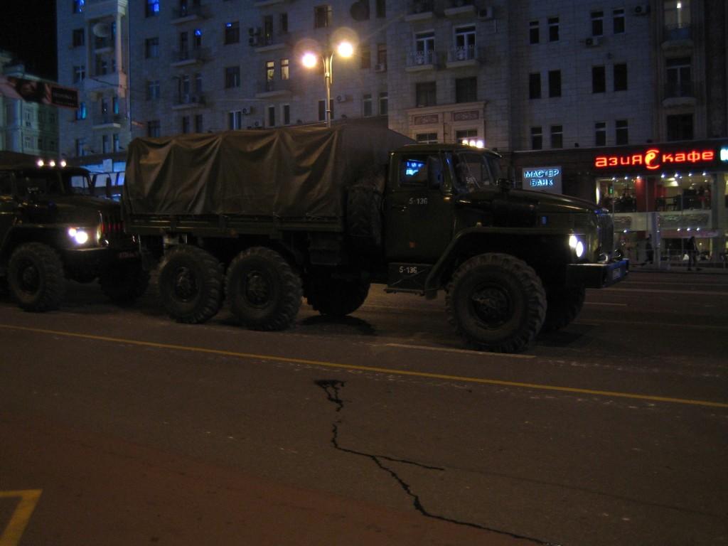 Урал-4320 на московских улицах
