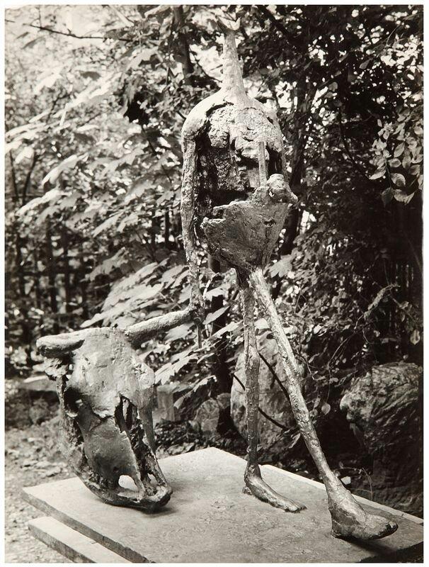 1950-1955. Коррида. Скульптура Жермен Ришье, вид спереди