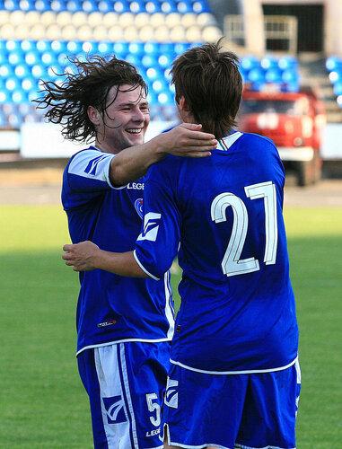15 июля 2009 г. Илья Спицын оказался первым , кто поздравил Кирилла с дублем в этом матче .