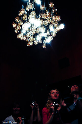 Люстра из 101 лампы