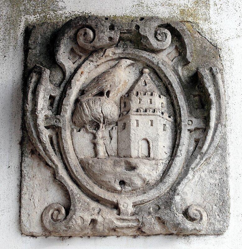 Leiria. Bas-relief of Saint Francis (Painel S. Francisco e Pedras de Armas)