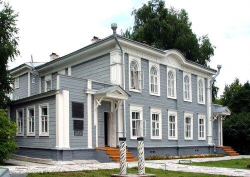 Палаты сергей снарский предлагает не тянуть и вернуть исторические названия всем улицам одномоментно: я