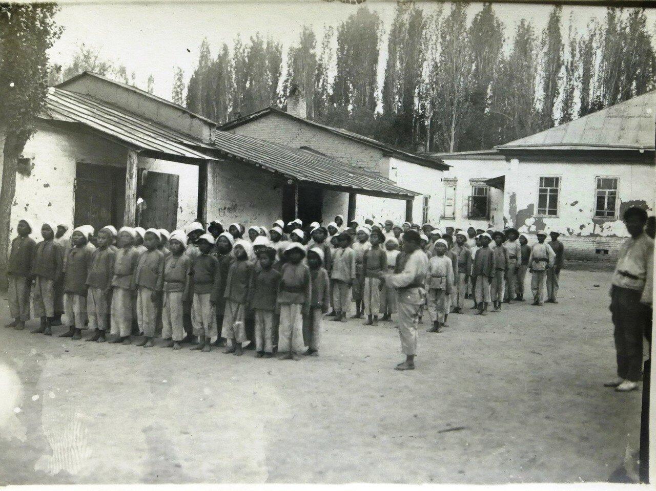 1921. Детдом г. Пишпек