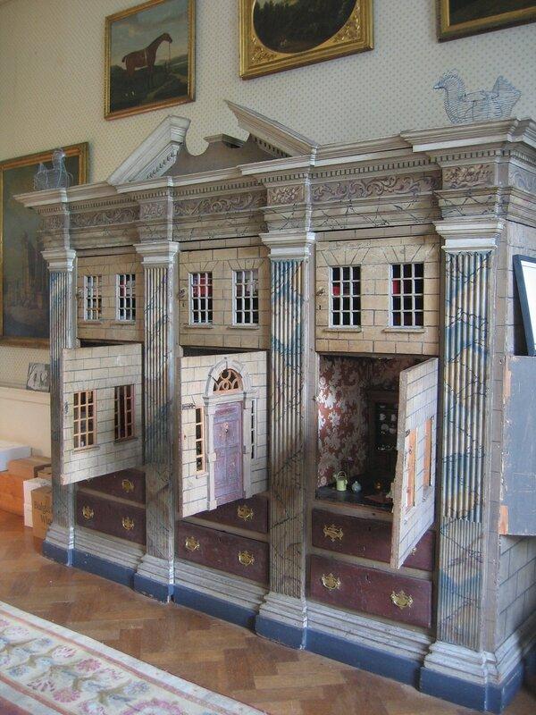 Кукольный домик в Лейкслип-касл