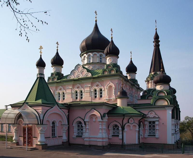 Покровский храм Покровского женского монастыря
