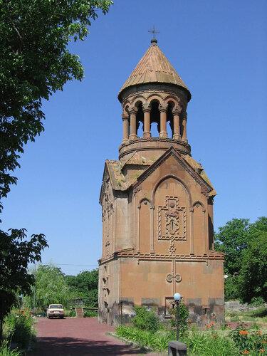 Храм-усыпальница XIV в, Армения