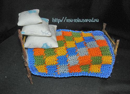 Простой МК кровати для кукольного домика.