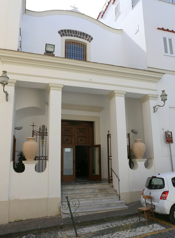 Искья-Порто. Церковь Святой Марии Аддолороата (Chiesa di Santa Maria Addolorata)