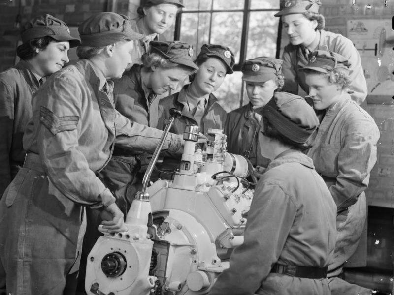 At_An_ATS_Motor_Transport_Company_Training_Centre,_Camberley,_Surrey,_1941_D5719.jpg