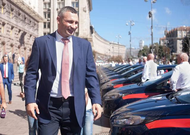 Столичные медики получили от мэра 100 автомобилей Ford Fiesta