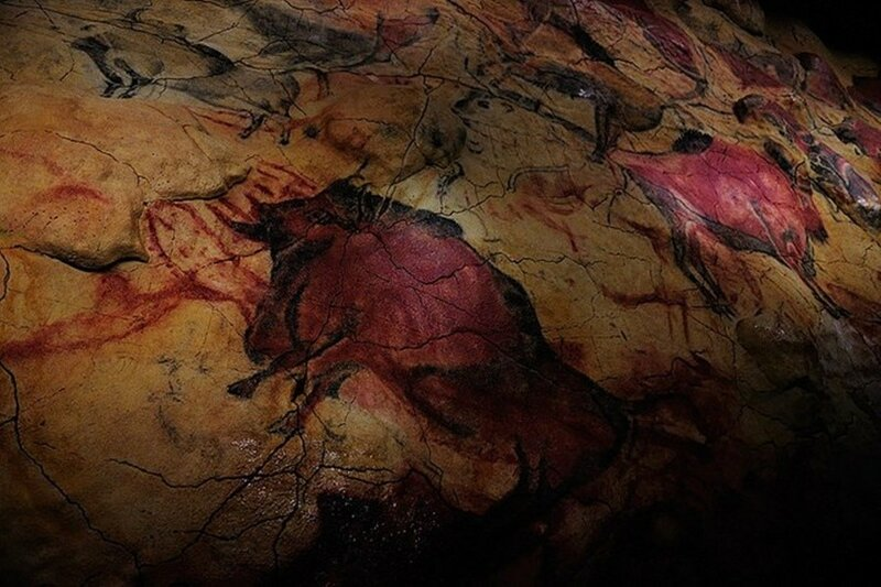 Пещера Альтамира с древними наскальными рисунками в Испании