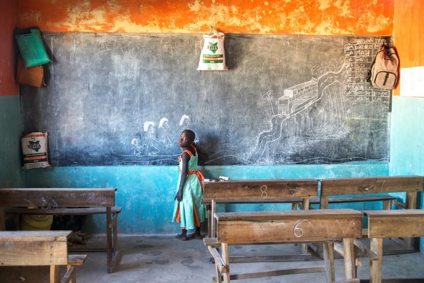 «В феврале-марте 2014 года я взял месяц отпуска и поехал работать фотографом/видеооператором в сирот